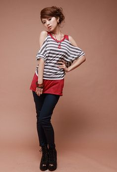 Stylish Casual Loose-Fitting Stripes Design Off-the-Shoulder Short Sleeves T-Shirt For Women (RED) China Wholesale - Sammydress.com