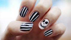 Optical + skull hHalloween nail art