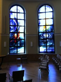 The Cenacle Retreat House, Ronkonkoma, NY, Artist: Claire M. Wing, Liturgical Glass +++ Arts Medium: Lamberts mouth-blown stained glass.     Photo by B. Martire