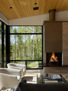 Designed by architect John Carney of Carney Logan Burke Architects Fish Creek Compound consists of a main house and a guest house. Home Interior Design, Interior Architecture, Contemporary Interior, Sustainable Architecture, Design Case, Maine House, Modern House Design, Home And Living, Living Spaces