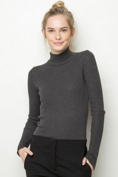 Brandy ♥ Melville | Francis Turtleneck Knit - Knits - Tops - Clothing Winter Outfits, Casual Outfits, Winter Clothes, Brandy Melville Usa, Ribbed Turtleneck, Bleu Marine, Sweater Weather, Pulls, Style Me