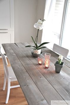 Farmhouse table plans & ideas find and save about dining room tables . See more ideas about Farmhouse kitchen plans, farmhouse table and DIY dining table Stained Table, Farmhouse Table, Diy Dining, Grey Dining Tables, Staining Wood, Diy Kitchen Table, Grey Stained Wood, Diy Dining Table, Dining Table