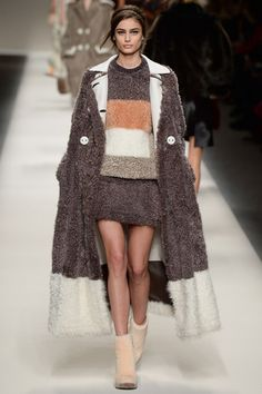 Fendi Fall Ready-to-Wear 2015
