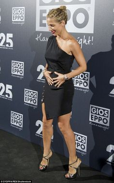 Elsa Pataky flaunts her figure in a LBD at Gioseppo party in Spain | Daily Mail Online