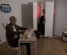 Oh my god...my new favorite gif...