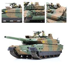 Новейший японский основной боевой танк JGSDF Type 10. Масштаб модели: 1/35. Длина в собранном виде: 273 мм. Ширина в собранном виде: 95 мм. Особенности модели: тщательно воссозданная современная башня с модульной броней; реалистичная, нескользящая текстура поверхности корпуса добавляет реализма; фигурки командира и наводчика; три комплекта маркировки; бронированные экраны воссозданые с реалистичным волновым эффектом.