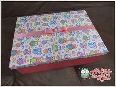 Caixa de MDF forrada com tecido de coruja! #artesdalilibh #artesanato #caixaspersonalizadas #handmade #corujas #box #lembrancinhas #compredopequeno