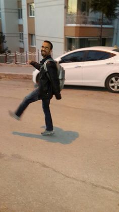 Okul yolu düz gider...