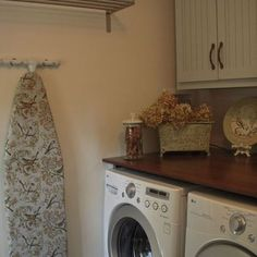 New York Laundry Room Under Counter Washer Dryer Design, Pictures, Remodel, Decor and Ideas