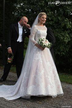 Vicky Andren - Mariage de Gustaf Magnuson (fils de la soeur du roi Carl XVI Gustaf de Suède) et Vicky Andren au château d'Ulriksdals à Stockholm, le 31 août 2013.