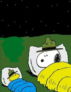 Snoopy Didn't know Woodstock Mumbles Prayers? No Need for Knees just Brains and Hearts Charlie Brown Y Snoopy, Snoopy Love, Snoopy And Woodstock, Snoopy Cartoon, Peanuts Cartoon, Peanuts Snoopy, Snoopy Images, Snoopy Pictures, Cartoon Images
