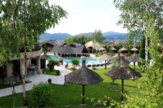 Turism Romania, Top Destinations, Seychelles, Patio, Amazing, Outdoor Decor, Moon, Travel, Beautiful