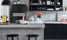 In deze DIY laten we zien hoe je een keukenblad van beton kan maken of hoe jij je aanrecht in de bestaande keuken een betonlook kan geven met betonverf.