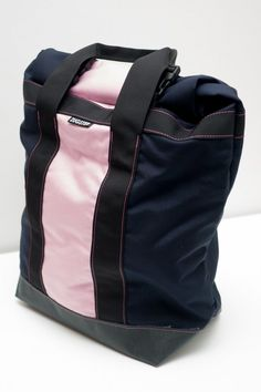 Zugster Custom Hand Made Messenger Bags: Zugster Bags: Navy and pink tote bag. $80