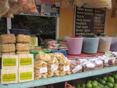 Jawa Tengah, Jajanan Khas Guci Tegal: Guci Indah Tegal Tempat Wisata Keluarga
