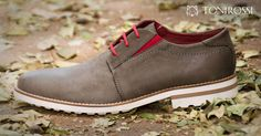 Advice When Shopping For The Designer Shoes. If you are a picky person who is totally consumed by the wide variety of remarkable designs of the designer shoes, then you are not alone. Mens Fashion Shoes, Men S Shoes, Men's Fashion, Chelsea Shoes, Chukka Shoes, Rossi Shoes, Formal Shoes For Men, African Men, African Attire