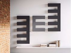 Vertical wall-mounted radiator PETTINE
