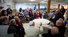 Una cena con los pobres del Vaticano para celebrar tercer aniversario del Papa Francisco