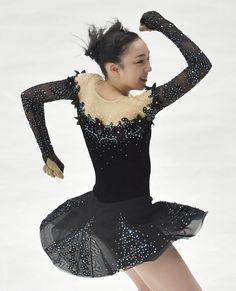 Rika Hongo//女子フリーで演技する、2位となった本郷理華 =北京(共同)