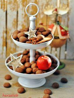 Recipe for filled XMas Chocolate Cookies | Rezept für kleine Schokokekse| find me on Facebook: https.//facebook.com/herzelieb  © herzelieb    Schokoseufzer, Weihnachten ohne diese Kekse geht gar nicht! Kein klassiches Weihnachtsplätzchen. Ein tolles Rezept!