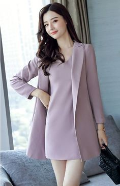 Korean Fashion Dress, Kpop Fashion Outfits, Girls Fashion Clothes, Girl Fashion, Fashion Dresses, Stylish Work Outfits, Classy Outfits, Mode Chic, Mode Style