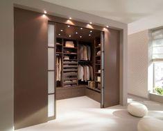 Apósito Aménagement: optimizer son rangement, Dressing en U, c'est ça qu'il me faut! Closet Design, Home Interior Design, Bedroom Closet Design, Room Design, House, Minimalist Bedroom, Home, Closet Decor, Bedroom Design