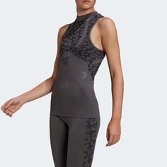 a Workout Wear, Workout Tops, Stella Mccartney Adidas, Types Of Sleeves, Adidas Women, Athletic Tank Tops, Active Wear, Active Design, Mesh Panel