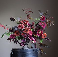 Images of floral arrangements made by Christin Geall. Fall Flowers, Fresh Flowers, Beautiful Flowers, Wedding Flowers, Deco Floral, Arte Floral, Floral Design, Beautiful Flower Arrangements, Floral Arrangements