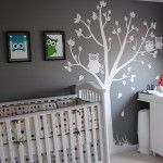 I really like this wall sticker with the owls - white and gray for our guest room!