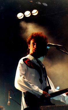 Adrián Cerati fue, es y será uno de los músicos más importantes de Latinoamérica. Nació el 11 de agosto de 1959 en Barracas, ciudad de Buenos Ai... Soda Stereo, Zeta Bosio, Rock Argentino, Perfect Love, Lady And Gentlemen, Rock N Roll, Leather Wallet, The Originals, Retro