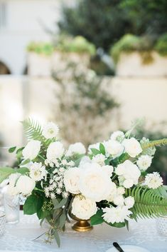 Discover some of the best ideas on how to find inexpensive wedding flowers while not breaking the bank. Romantic Wedding Centerpieces, Romantic Wedding Receptions, Low Centerpieces, Wedding Arrangements, Flower Arrangements, Wedding Decorations, Wedding Ideas, Lilac Wedding Flowers, Flower Bouquet Wedding