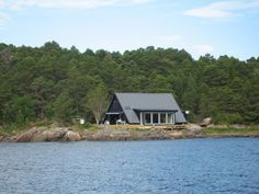 Cabin, House Styles, Home Decor, Decoration Home, Room Decor, Cabins, Cottage, Home Interior Design, Wooden Houses