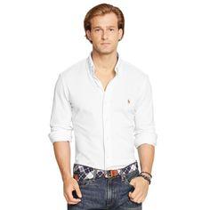 Top 10 Items Every Guy Should Own. 10 Prendas Básicas Que Todo Hombre Deberia Tener. Guide created by DesignerClothingFans.com