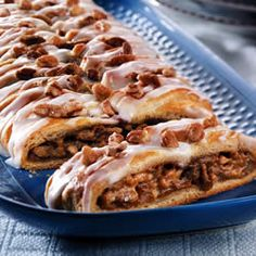 """Turn classic holiday pantry ingredients--canned pumpkin, spices, pecans--into a lazy-morning treat. This braid comes together easily with crescent roll dough, and the aroma will surely be a wake-up call for your family!"""" - Pillsbury"""