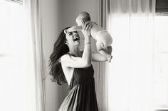 Intimate Family Portraits at Home - #babyphotos #familyphotography #intimate
