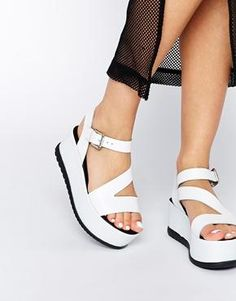 Buy ASOS HIDING Leather Flatforms at ASOS. With free delivery and return options (Ts&Cs apply), online shopping has never been so easy. Get the latest trends with ASOS now. Shoes Heels Wedges, Clogs Shoes, Sock Shoes, Wedge Shoes, Shoe Boots, Flats, Types Of Sandals, Asos, Luxury Shoes
