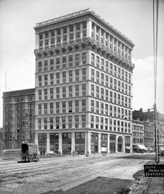 "Cleveland, Ohio, circa 1900. ""Williamson Building, Euclid Avenue."""