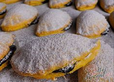 Mrkvánky s povidly Christmas Sweets, Christmas Baking, Czech Recipes, Holiday Cookies, Healthy Baking, Amazing Cakes, Sweet Recipes, Good Food, Dessert Recipes