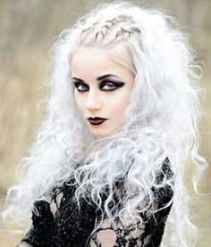 Silverrr,  look at her hair,  how do they do that?