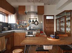 木目調の台所