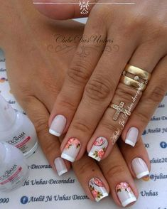 Pin by mimi on nails in 2019 Em Nails, Cute Nails, Pretty Nails, French Polish, Flower Nails, Nail Arts, Manicure And Pedicure, Acrylic Nails, Nail Designs