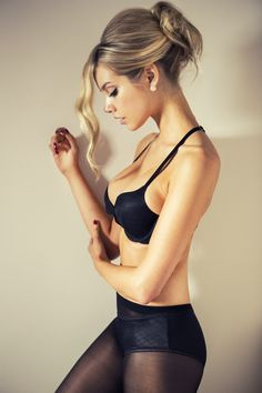 Cara Delevingne | Looking At Myself #lingerie