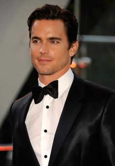 Every girl's crazy 'bout a sharp dressed man ... and apparently boys are too!  <3