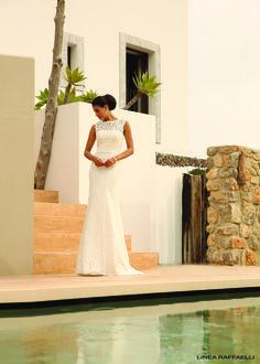 b16 set 43 Linea Raffaelli moderne kanten trouwjurk met kanten jasje