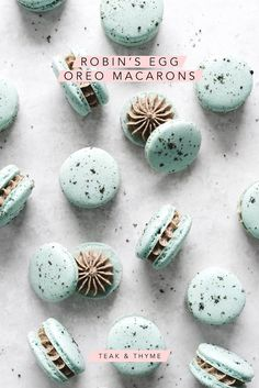 These dainty blue robins egg oreo macarons are speckled with oreo crumbs and filled with a creamy oreo buttercream Teak Thyme Powdered Food Coloring, Liquid Food Coloring, Oreo Macarons, Macaroon Cookies, Shortbread Cookies, Macaron Video, Delicious Desserts, Dessert Recipes, Oreo Desserts