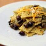 Maltagliati al mais con pesto di pistacchi, olive taggiasche e scorza di arancia