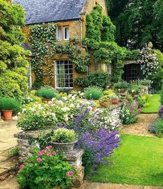 Lovely homes in Country Life Magazine, March 2017:   http://www.countrylife.co.uk/publication/country-life/country-life-march-15-2017