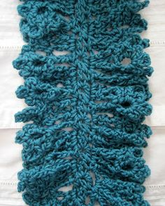 Mr. Micawber's Recipe for Happiness: Liliaceous Scarf Pattern and Tutorial