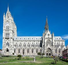 Basilica de Quito Equador Quito, Travel Around The World, Around The Worlds, Quito Ecuador, Church Architecture, Quites, Best Places To Travel, Future Travel, Trip Planning