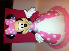 Minnie Mouse Cake--a twist on the princess cake!